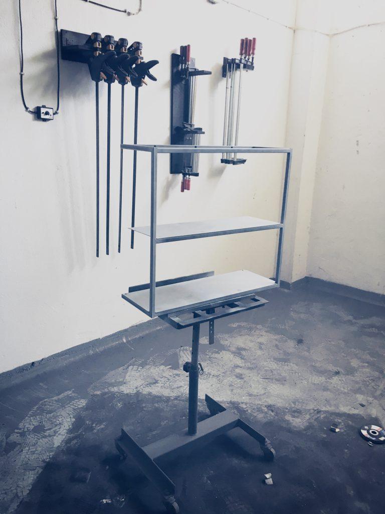Monoista schweissen lernen blog Metall lackieren grundierung 2 768x1024 - Metall lackieren mit Spraydose