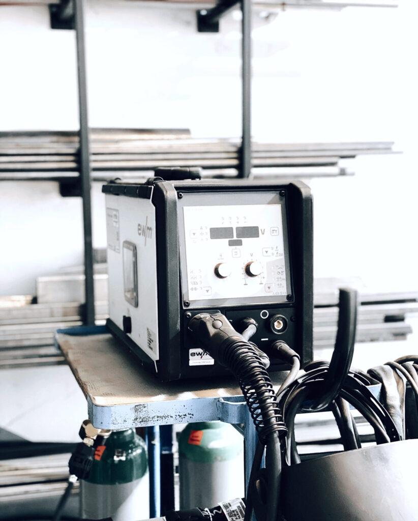 Monoista eine eigene Werkstatt 2 scaled e1590316255673 822x1024 - DIY WORKSHOPS