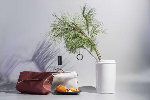 DSC02550 scaled - NIMA – Moderner Christbaumschmuck aus Metall in natural grey