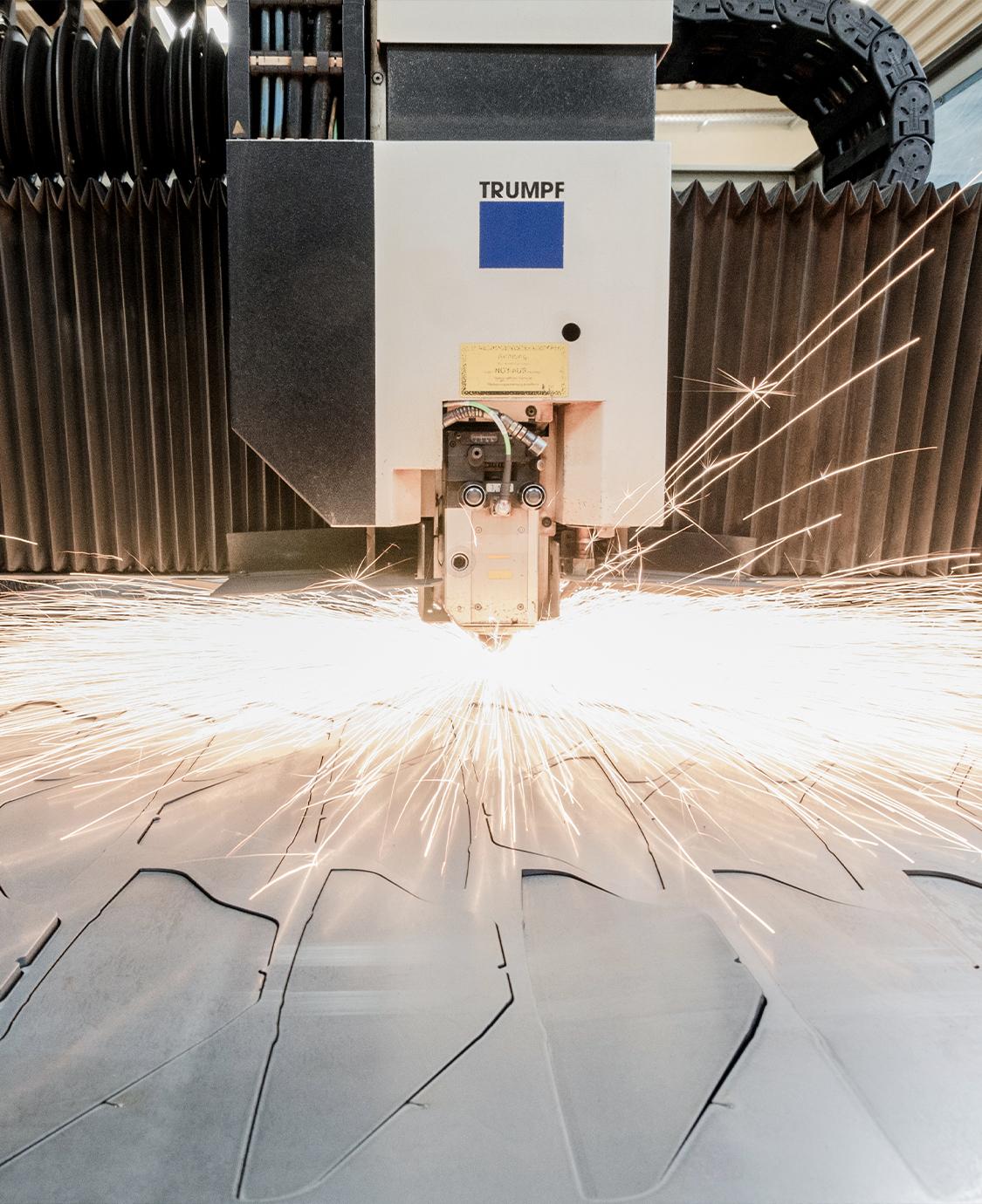 RT Lasertechnik Laserschneiden 1 - Zusammenarbeit
