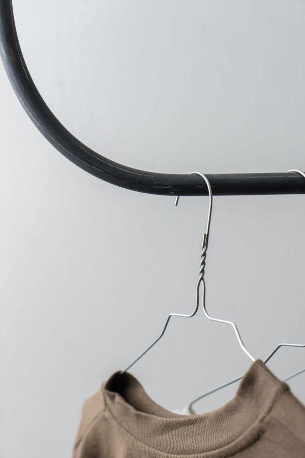 Monoista Kleiderstange HANG webversion 1 - Kleiderstange HANG