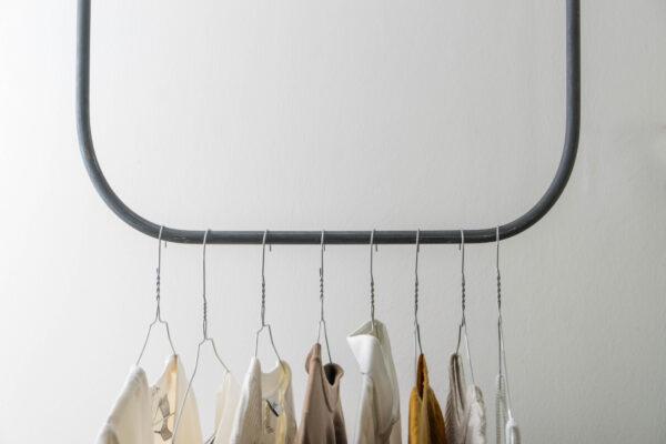 Monoista Kleiderstange HANG webversion 4 - Kleiderstange HANG