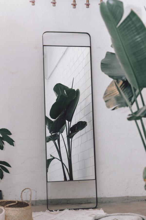 Monoista shop Spiegel 2 - Spiegel mit Metallrahmen