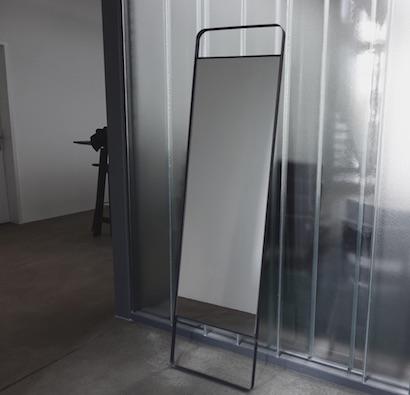 Monoista shop Spiegel 6 - Spiegel mit Metallrahmen
